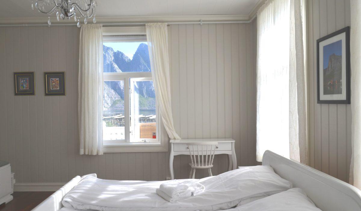 Lofoten Guesthouse. Best place to stay in Lofoten Islands. Room in a restored Norwegian manor house from 1880.